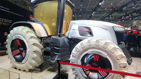 MF NEXT Tractor Concept