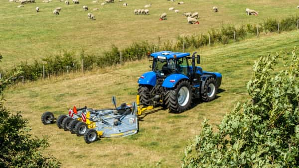 New Holland T6 180 Methangastraktor